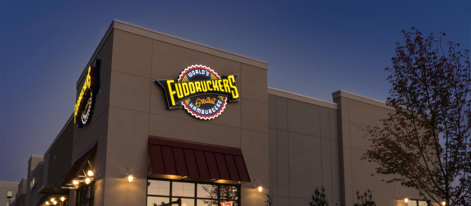 Horst Signs in PA Building Sign for Fuddruckers at Donegal Square Manheim PA